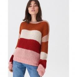 Sweter w kolorowe pasy - Paski. Szare swetry klasyczne damskie House, l. Za 89,99 zł.