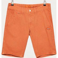 Materiałowe szorty - Pomarańczowy. Czerwone szorty męskie marki Cropp. W wyprzedaży za 29,99 zł.