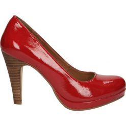 CZÓŁENKA S.OLIVER 5-2240-30. Czerwone buty ślubne damskie Casu, na koturnie. Za 159,99 zł.