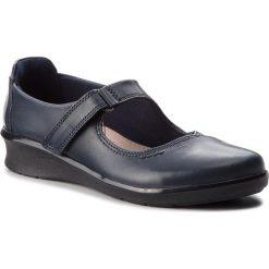 Półbuty CLARKS - Hope Henley 261371774 Navy Leather. Niebieskie creepersy damskie Clarks, z materiału, na obcasie. Za 329,00 zł.