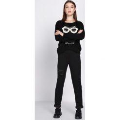 Odzież: Czarne Spodnie Dresowe Drama