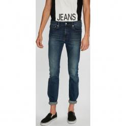 Calvin Klein Jeans - Jeansy. Niebieskie jeansy męskie regular Calvin Klein Jeans, z bawełny. Za 499,90 zł.