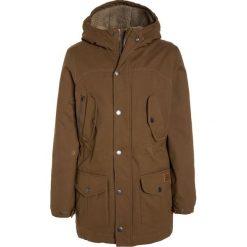 Volcom STARGET Płaszcz zimowy mud. Brązowe kurtki chłopięce zimowe marki Volcom, z bawełny. W wyprzedaży za 471,75 zł.