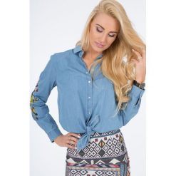 Niebieska Jeansowa Koszula z Haftem 21125. Niebieskie koszule jeansowe damskie Fasardi, l, z haftami. Za 79,00 zł.