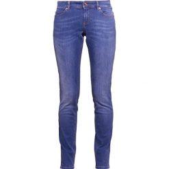 Escada Sport Jeansy Slim Fit medium blue. Niebieskie jeansy damskie Escada Sport. W wyprzedaży za 343,85 zł.