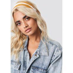 Chusty damskie: Statement By NA-KD Influencers Chustka do włosów Sophia Phiaka - Yellow