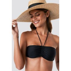 NA-KD Swimwear Góra bikini bandeau z marszczeniem - Black. Czarne bikini NA-KD Swimwear, z haftami. Za 60,95 zł.