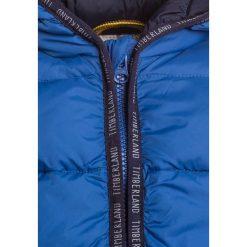 Timberland Kurtka zimowa blau/grau. Niebieskie kurtki chłopięce zimowe marki Timberland, z materiału. W wyprzedaży za 359,10 zł.