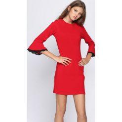 Czerwona Sukienka Won't Let Go. Czerwone sukienki marki Born2be, l, midi, oversize. Za 44,99 zł.
