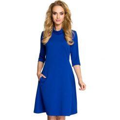 RACHELE Sukienka z golfem - chabrowa. Niebieskie sukienki balowe marki Moe, z dzianiny, z golfem. Za 136,99 zł.