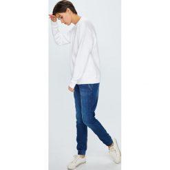 Tommy Jeans - Bluza. Szare bluzy z nadrukiem damskie marki Tommy Jeans, m, z bawełny, bez kaptura. Za 299,90 zł.