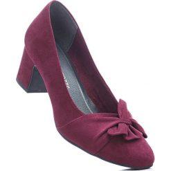 Czółenka Marco Tozzi bonprix bordowy. Czerwone buty ślubne damskie bonprix, na obcasie. Za 139,99 zł.