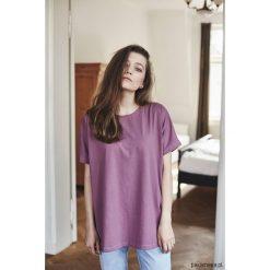 RITA WRZOS T-shirt. Szare t-shirty damskie Pakamera, z bawełny. Za 159,00 zł.