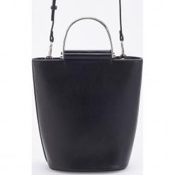 Torebka z ozdobnym uchwytem - Czarny. Czarne torebki klasyczne damskie Reserved. Za 129,99 zł.