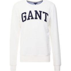 GANT O2 GANT OUTLINE CNECK Bluza eggshell. Białe kardigany męskie GANT, m, z bawełny. W wyprzedaży za 377,10 zł.