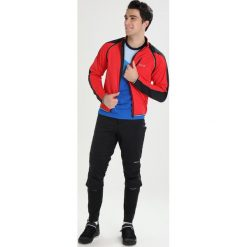 Gore Wear PHANTOM Kurtka Softshell red/black. Czerwone kurtki trekkingowe męskie Gore Wear, m, z materiału. W wyprzedaży za 559,30 zł.