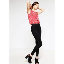 Miss Selfridge Petite STEFFI Jeans Skinny Fit black. Czarne jeansy damskie Miss Selfridge Petite, petite. Za 169,00 zł.