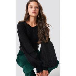 Trendyol Sweter z bufiastym rękawem - Black. Czarne swetry klasyczne damskie Trendyol, z materiału. Za 80,95 zł.