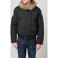 Alpha Industries Kurtka zimowa black. Czarne kurtki męskie zimowe marki Alpha Industries, m, z aplikacjami. Za 779,00 zł.