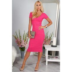 Sukienka Amarantowa BB20287. Różowe sukienki marki numoco, l, z dekoltem w łódkę, oversize. Za 69,00 zł.