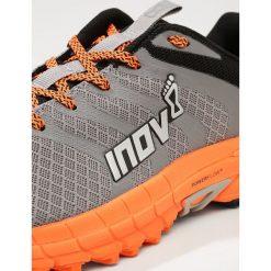 Inov8 PARKCLAW 275  Obuwie do biegania Szlak grey/orange. Szare buty do biegania męskie Inov-8, z materiału. W wyprzedaży za 395,85 zł.