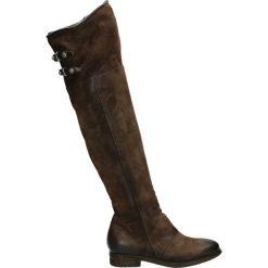 Kozaki - 228305 FON-TM. Brązowe buty zimowe damskie marki Kazar, ze skóry, przed kolano, na wysokim obcasie. Za 1099,00 zł.