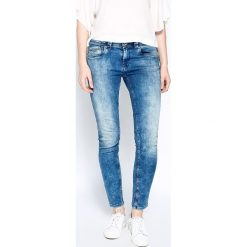 Pepe Jeans - Jeansy Whistle. Niebieskie boyfriendy damskie Pepe Jeans, z bawełny. W wyprzedaży za 269,90 zł.