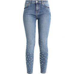 New Look EMBELLISHED Jeans Skinny Fit mid blue. Czarne jeansy damskie marki New Look, z materiału, na obcasie. Za 209,00 zł.