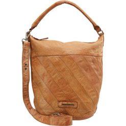 FREDsBRUDER AVENUE Torba na zakupy caramel. Brązowe torebki klasyczne damskie FREDsBRUDER. W wyprzedaży za 567,20 zł.