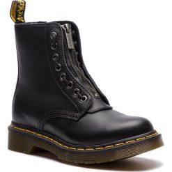 Glany DR. MARTENS - 1460 Pascal Frnt Zip 23863001 Black Nappa. Czarne buty zimowe damskie Dr. Martens, z materiału. Za 769,00 zł.