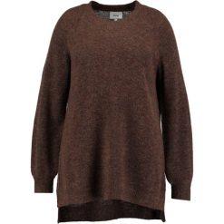 Swetry damskie: Zizzi Sweter brown