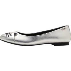 Baleriny damskie lakierowane: KARL LAGERFELD KLARA CHOUPETTE TOE PUMP Baleriny silver