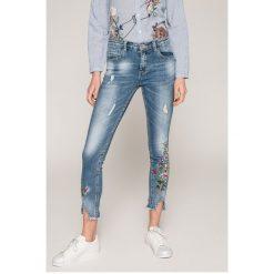 Haily's - Jeansy Melia. Niebieskie jeansy damskie rurki marki Sinsay, z podwyższonym stanem. Za 179,90 zł.