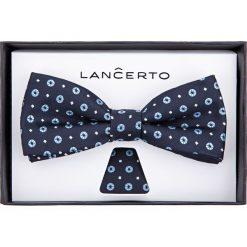 Mucha granatowa wzór geometryczny. Szare muchy męskie LANCERTO, w geometryczne wzory, z dzianiny, eleganckie. Za 79,90 zł.