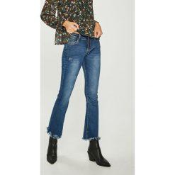 Answear - Jeansy. Niebieskie jeansy damskie marki ANSWEAR. W wyprzedaży za 79,90 zł.