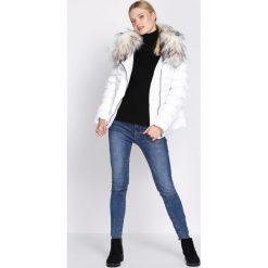 Odzież damska: Biała Kurtka Commotion
