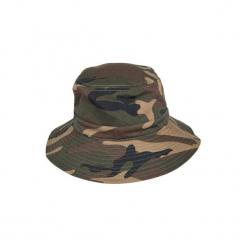 Kapelusz myśliwski Steppe 100 camo woodland. Białe kapelusze damskie marki TRIBORD, z bawełny. Za 29,99 zł.