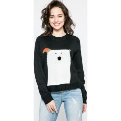 Noisy May - Sweter Snow Bear. Białe swetry klasyczne damskie marki Noisy May, l, z dzianiny, z okrągłym kołnierzem. W wyprzedaży za 49,90 zł.