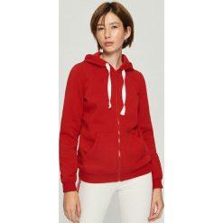 Dzianinowa bluza z kapturem - Czerwony. Czerwone bluzy z kapturem damskie marki Reserved, l. Za 49,99 zł.