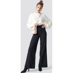 Trendyol Spodnie z luźnymi nogawkami - Black. Czarne spodnie z wysokim stanem Trendyol. Za 121,95 zł.