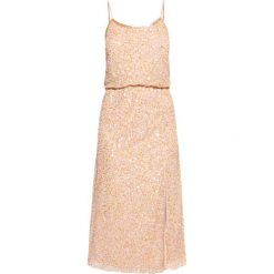 Sukienki hiszpanki: Frock and Frill ALMA Sukienka koktajlowa rose blush