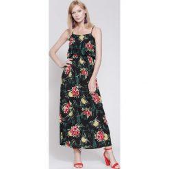 Sukienki hiszpanki: Czarna Sukienka So Lovely