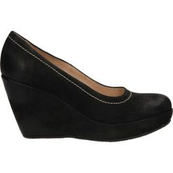 CZÓŁENKA ANABELLE 652. Czarne buty ślubne damskie Casu, na koturnie. Za 199,99 zł.