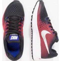 Nike Performance ZOOM PEGASUS 34  Obuwie do biegania treningowe black/metallic silver/bright crimson/concord. Czarne buty do biegania damskie Nike Performance, z materiału. W wyprzedaży za 233,35 zł.
