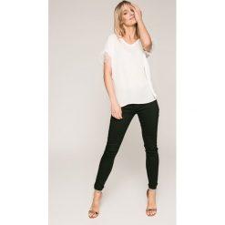 Spodnie damskie: Answear - Jeansy Wild Nature