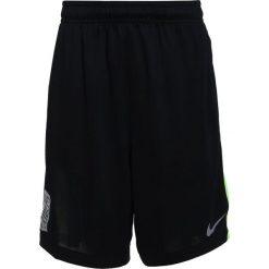 Nike Performance DRY SHORT Krótkie spodenki sportowe black/volt/silver. Brązowe spodenki chłopięce marki N/A, w kolorowe wzory. Za 139,00 zł.