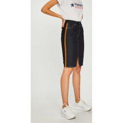 Pepe Jeans - Spódnica Dinah. Szare minispódniczki Pepe Jeans, l, z bawełny, ołówkowe. Za 319,90 zł.