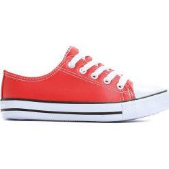 Czerwone Trampki Deep Breath. Czerwone buty sportowe chłopięce marki Born2be, na zamek. Za 24,99 zł.