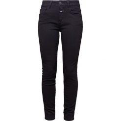 CLOSED BAKER Jeansy Slim Fit black. Czarne jeansy damskie relaxed fit CLOSED, z bawełny. Za 709,00 zł.