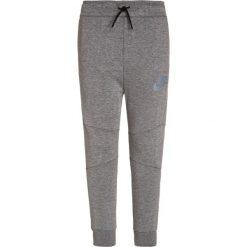 Nike Performance TECH PANT Spodnie treningowe carbon heather/black/cool grey. Czarne spodnie chłopięce marki Nike Performance, z bawełny. W wyprzedaży za 239,20 zł.